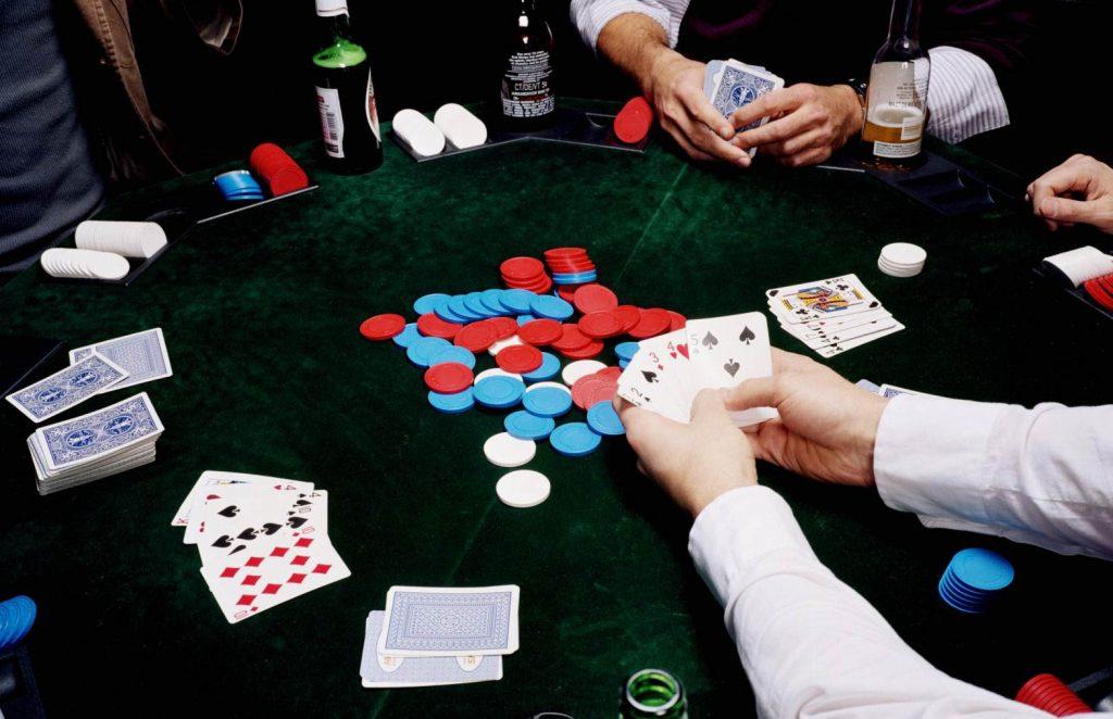Poker Oynarken Dikkat Edilmesi Gerekenler